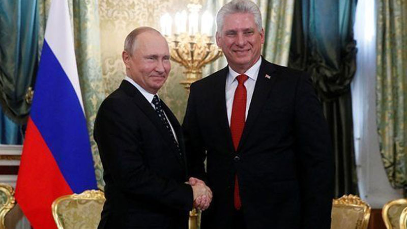 Vladimir Putin and Miguel Diaz Canel