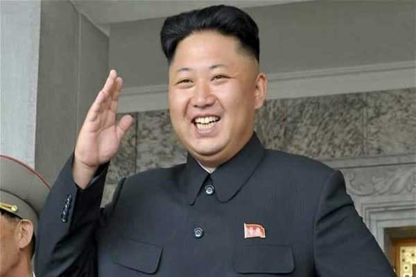 Kim Jong Un observed Trial Run of New-type Trolley Bus