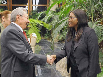 Raul Castro Welcomes Namibian Prime Minister
