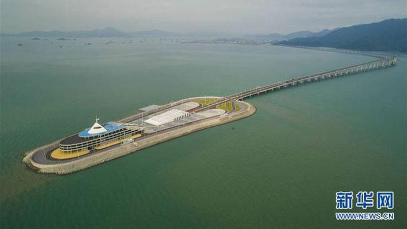 China example of new creative work, bridge, pool, pul