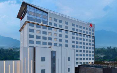 मेरिएट होटलको भेन्चर नेपालमा, काठमाडौं मेरिएट होटल सञ्चालन