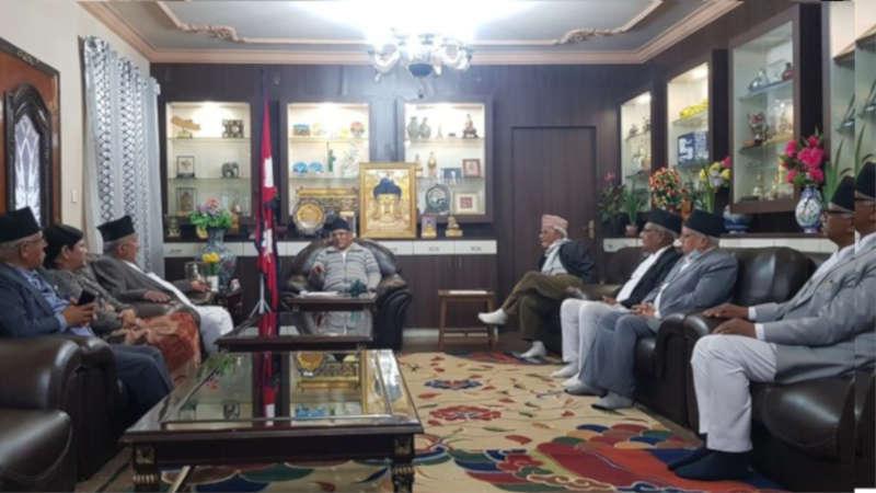 Chairman prachanda with province chiefs अध्यक्ष प्रचण्डसँग सातै प्रदेश का प्रमुखहरूको भेट